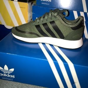 cheap for discount d7c03 f04fa adidas Shoes - Boys Adidas N-5923 olive green
